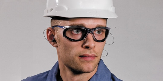3M Protective Eyewear with Scotchgard AntiFog Coating